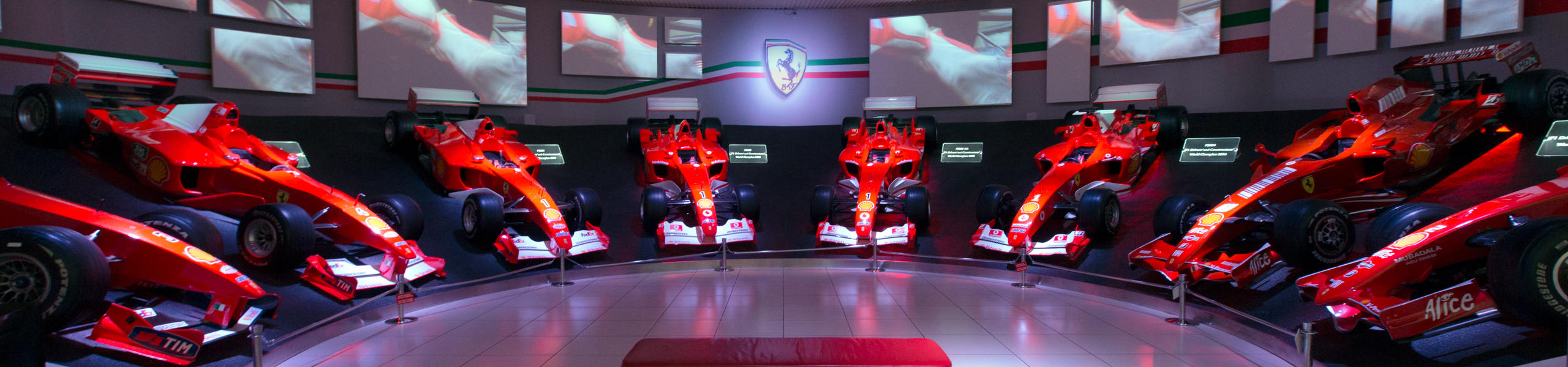 Tour Milano Maranello Con Ferrari A Noleggio Up Cars