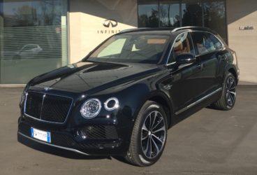 Bentley-Bentayga-03