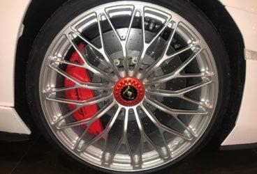 lamborghini-aventador-roadster-02