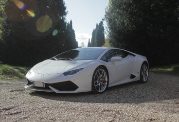 lamborghini-uracan-super-car-rental-4