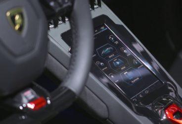 Lamborghini-Huracan-Evo-spyder-9