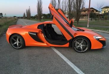 mclaren-650-rental-car-upcars-2