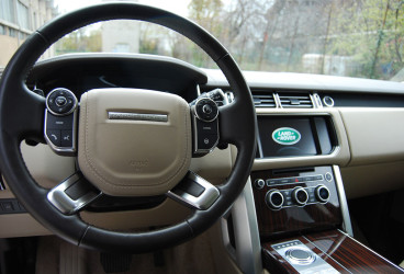 rent-range-rover-vogue-upcars-2
