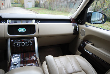 rent-range-rover-vogue-upcars-9